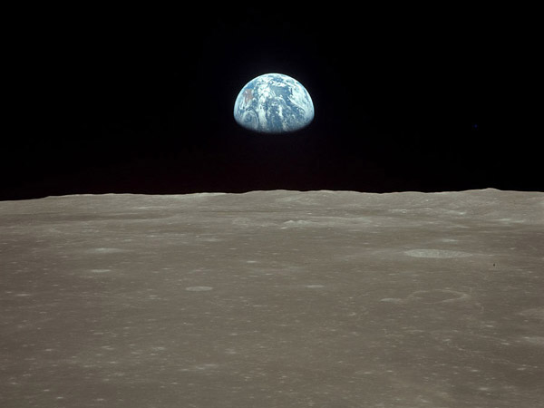 Apollo 11 Earthrise